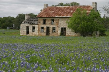 Frequently photographed abandoned farm house just N of Marble Falls